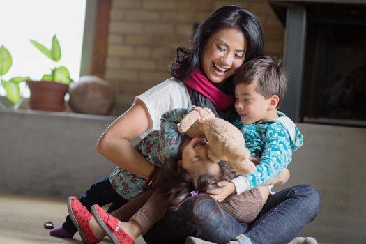 Angela Tsai Mamachic scarves for moms