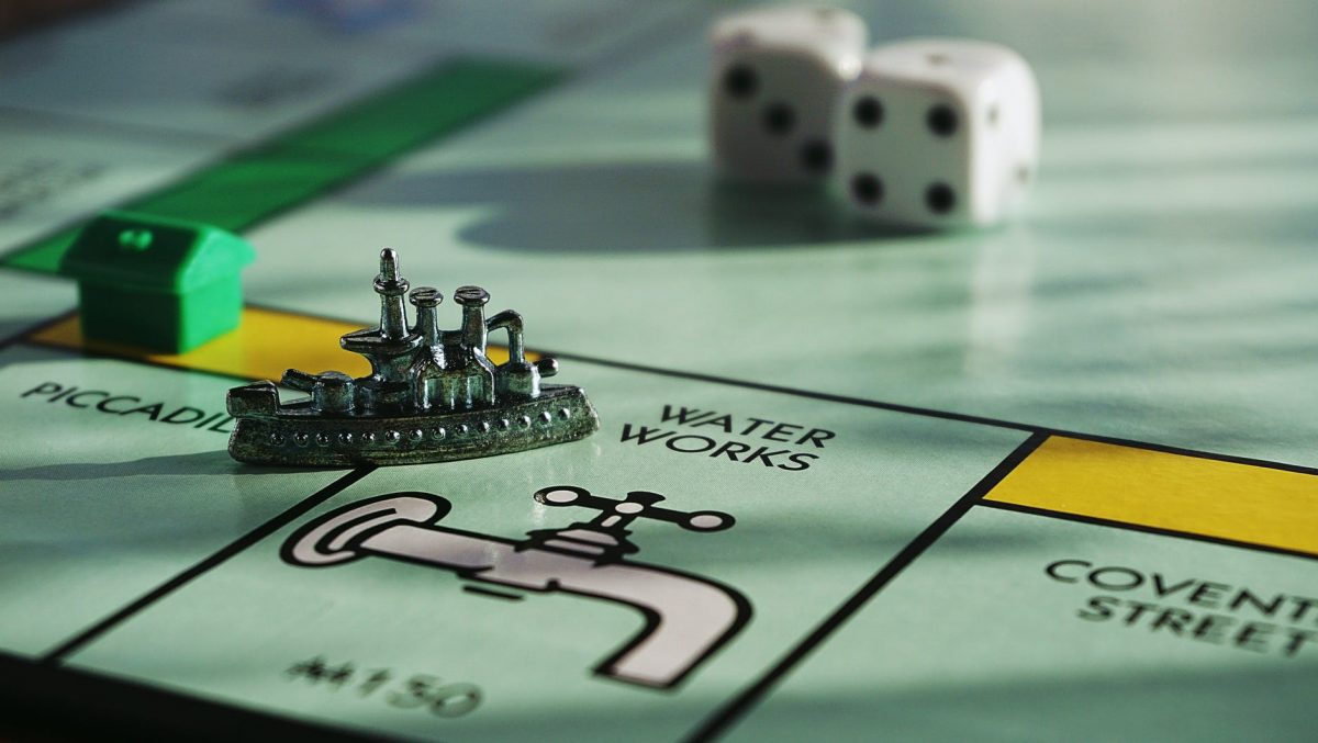 """Ms. Monopoly"" attempts to address the pay gap by offering female players a starting bonus of nearly $2,000 and an additional $240 for passing ""go,"" as opposed to the customary $200. (Credit: Suzy Hazelwood, Pexels)"