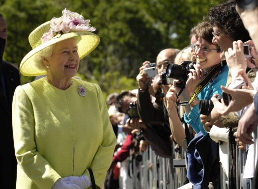 As the coronavirus pandemic rages on, the Queen of England urged people to stay strong while socially distancing. (Credit: Wikimedia Commons)