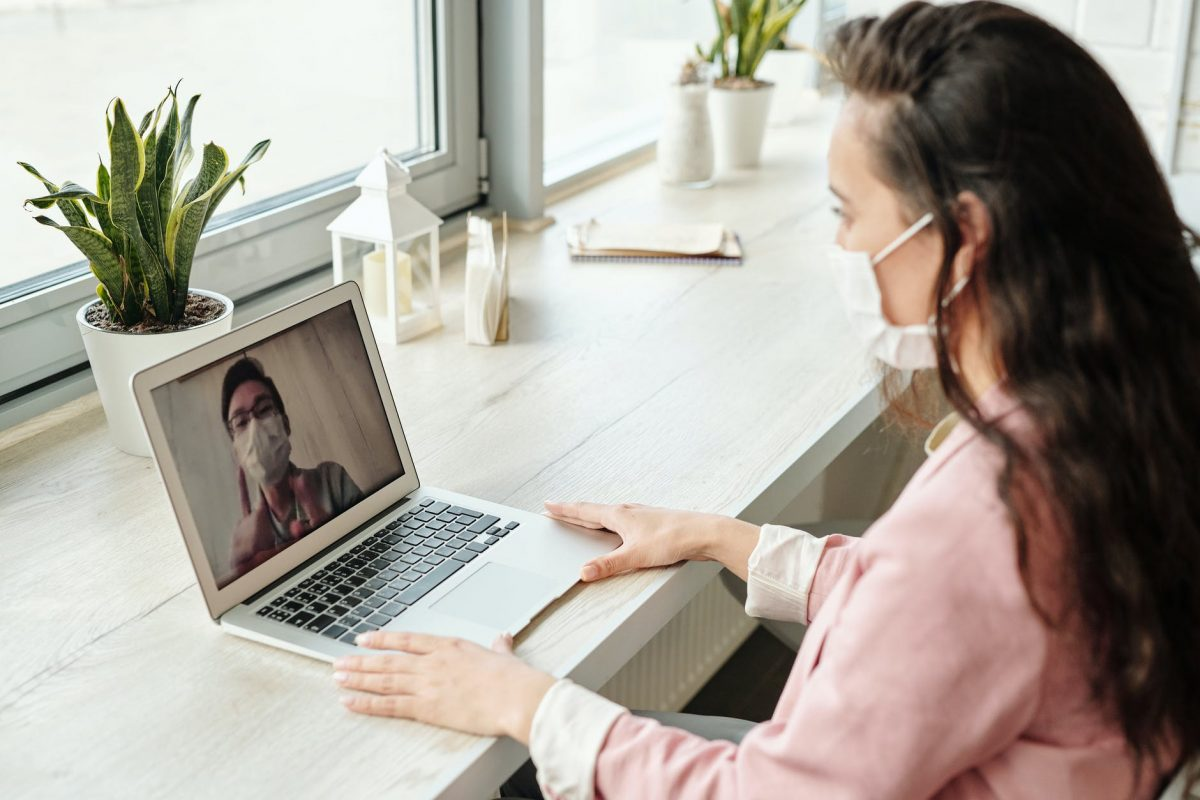 Businesses all around the country have spent the last few months adapting to remote work amid COVID-19. Several women entrepreneurs told us how they've made it work. (Credit: Pexels)