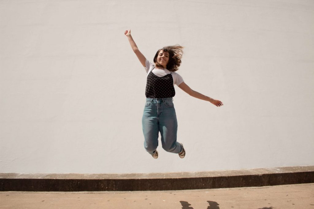 """The pandemic has forced many women to leave corporate jobs -- and take a leap of faith. <span>Photo by <a href=""""https://unsplash.com/@creativechristians?utm_source=unsplash&utm_medium=referral&utm_content=creditCopyText"""">Creative Christians</a> on <a href=""""https://unsplash.com/s/photos/startup?utm_source=unsplash&utm_medium=referral&utm_content=creditCopyText"""">Unsplash</a></span>)"""